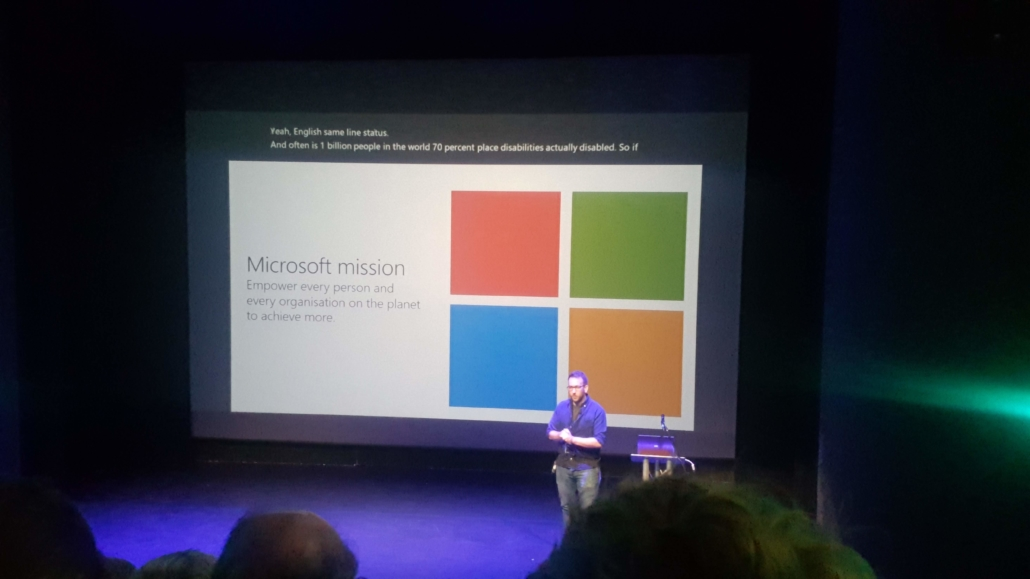 Steven Woodgate from Microsoft speaking in front of an audience at Web Expo Guildford (WXG 7)